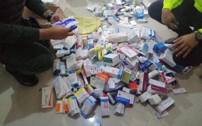 Redada contra el contrabando de medicamentos fraudulentos y vencidos en el país