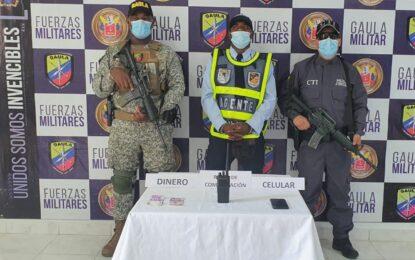 Asegurado agente de tránsito en Buenaventura por exigir dinero a un ciudadano